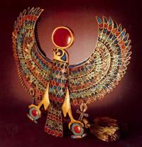 Пектораль в виде сокола(Египетский музей)